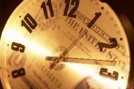 6-10-lead-money-clock