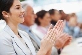 conference_attendees_clapping