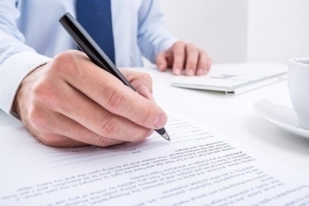 mortgage_papers_signing