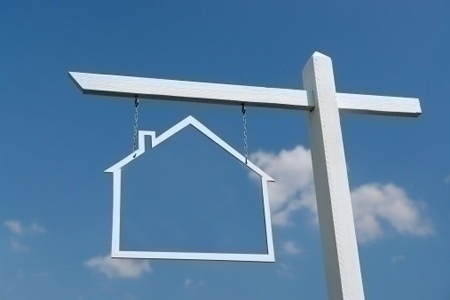 real_estate_trends_concept_sign