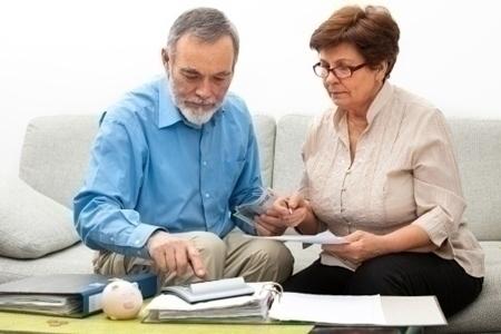 reverse_mortgage_couple_finances