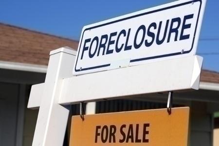 foreclosure_sign_closeup(2)