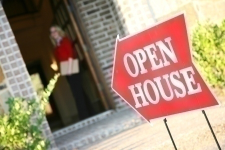open_house_sign_agent