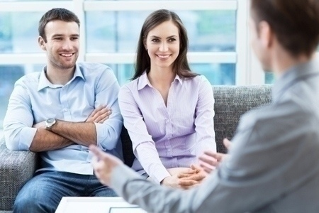 couple_interviewing_agent
