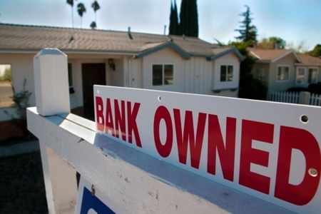 One in Four U.S. Foreclosures Are 'Zombies' Vacated by Homeowner