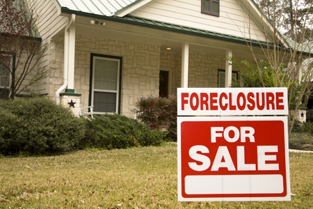 Foreclosure Activity Drops to Lowest Quarterly Level in Eight Years