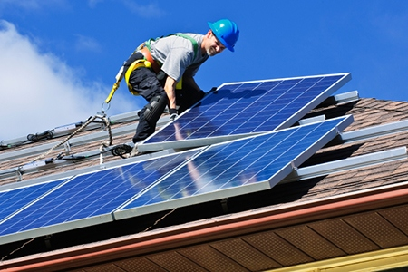White House Makes Solar Power Accessible to Lower-Income Households