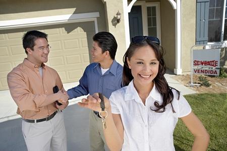 Hispanic Women Taking Charge among Fastest-Growing Homebuying Demographic