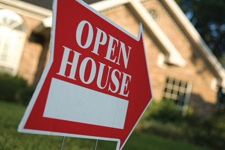 Ask the Experts: How to Collect More Accurate Contact Information from Open House Visitors