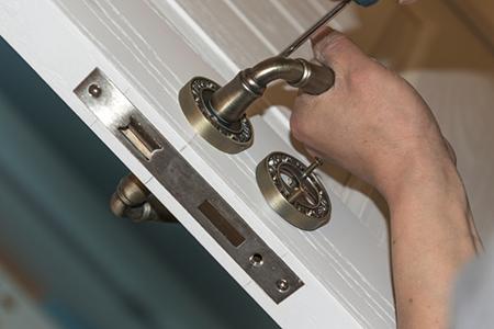 door_lock_install