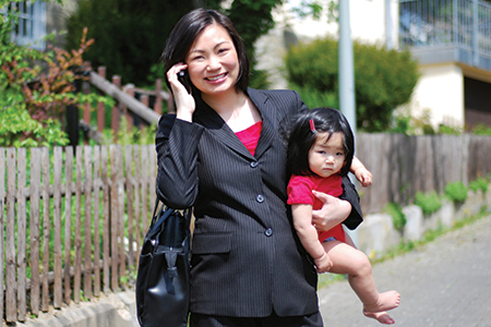 Mastering the Balancing Act: Mothers in the Workforce