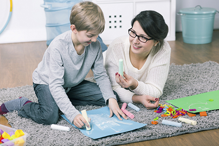 6 Things to Consider When Paying Your Babysitter