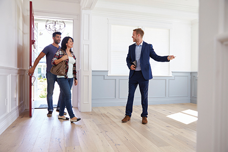 Expert Insights: What Can I Expect from a Good REALTOR(R)?