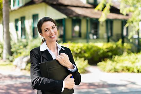 Expert Insights: Do I Really Need an Agent?