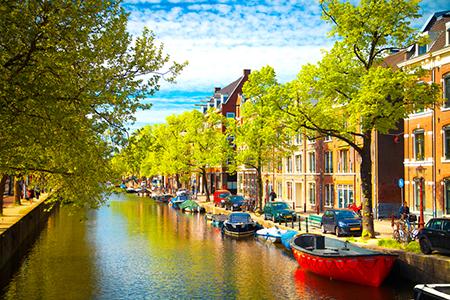 LeadingRE Global Symposium Brings Together Brokerages in Amsterdam