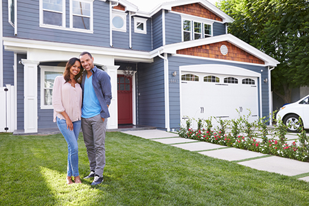 Homeowners Still Overvalue Homes, but Not as Much