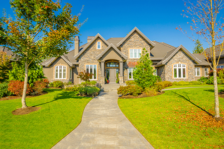 A rising market share of 5 000 square foot homes rismedia for 5000 square feet home