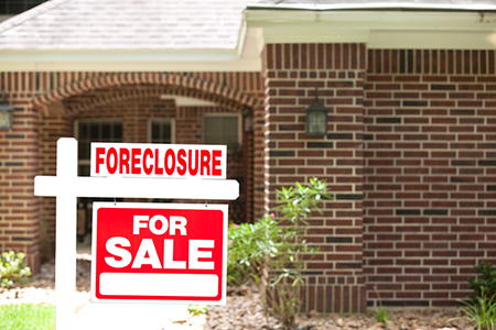 Distressed Home Sales Plunge to Nine-Year Low