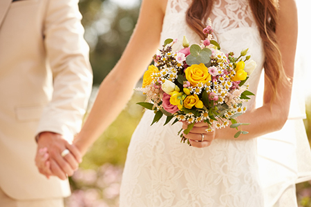 Pros and Cons of Wedding Insurance