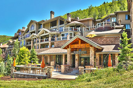 Lisa Kudrow's Recently Sold Ski Getaway in Park City