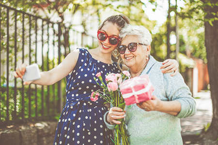 4 Things to Do for Mom This Mother's Day