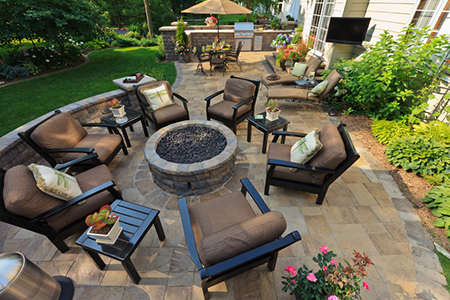 5 Outdoor Space Tips for Your Summer Solstice Party