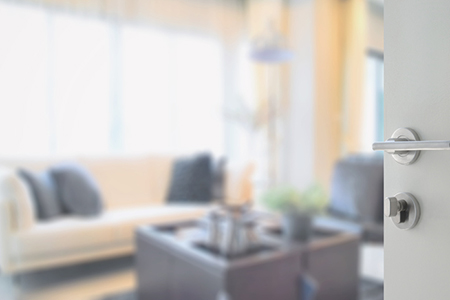 4 Ways to Host an Effective Open House
