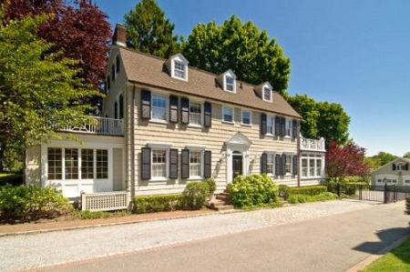 Ghostly Listings: What It Costs to Own a Famous Haunted House