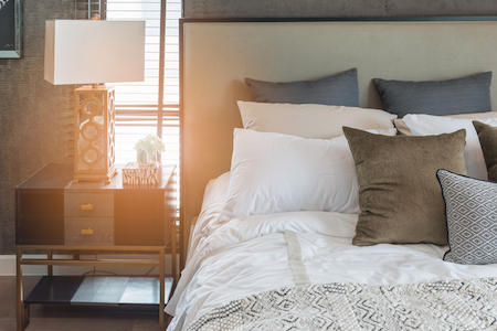5 Ways to Keep the Peace With House Guests