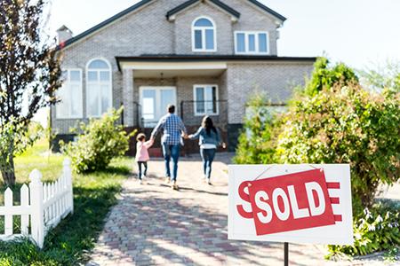 Sellers Win: Average Homeowner Gaining $40,000 at Resale