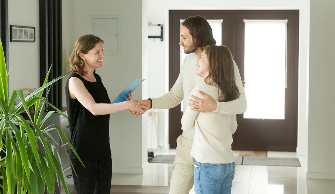 The Lessons Real Estate Agents Can Learn From Online Disruptors