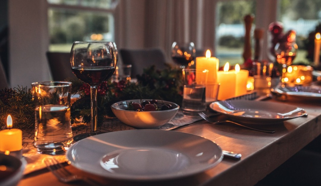 How to Throw the Best Holiday Party