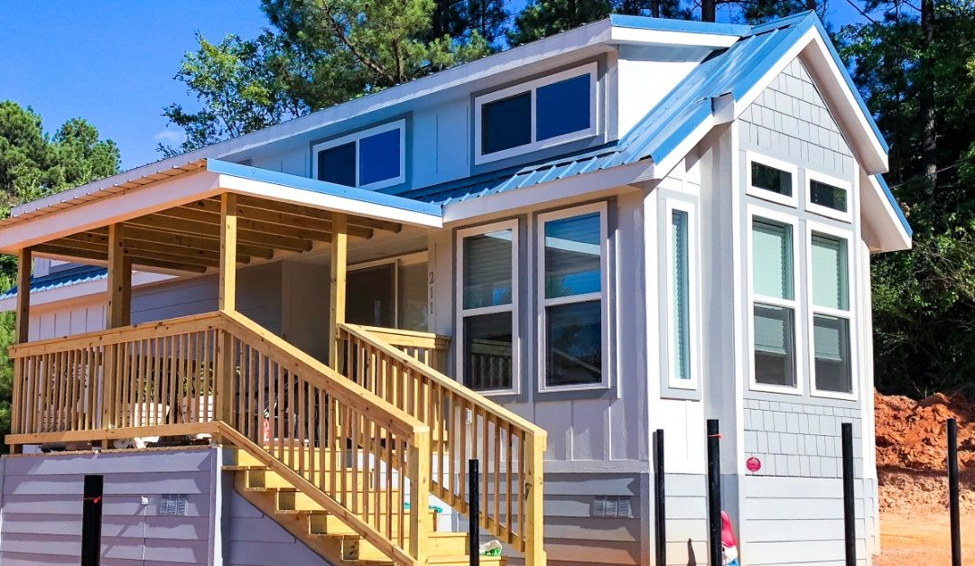 Maintaining a Tiny Home in Canada's Winter