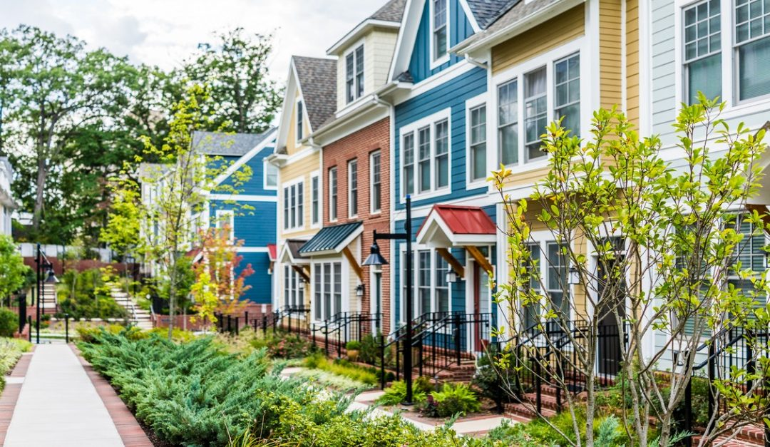 Pros and Cons of Living in a Townhouse