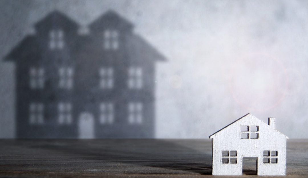 Pros and Cons of Downsizing