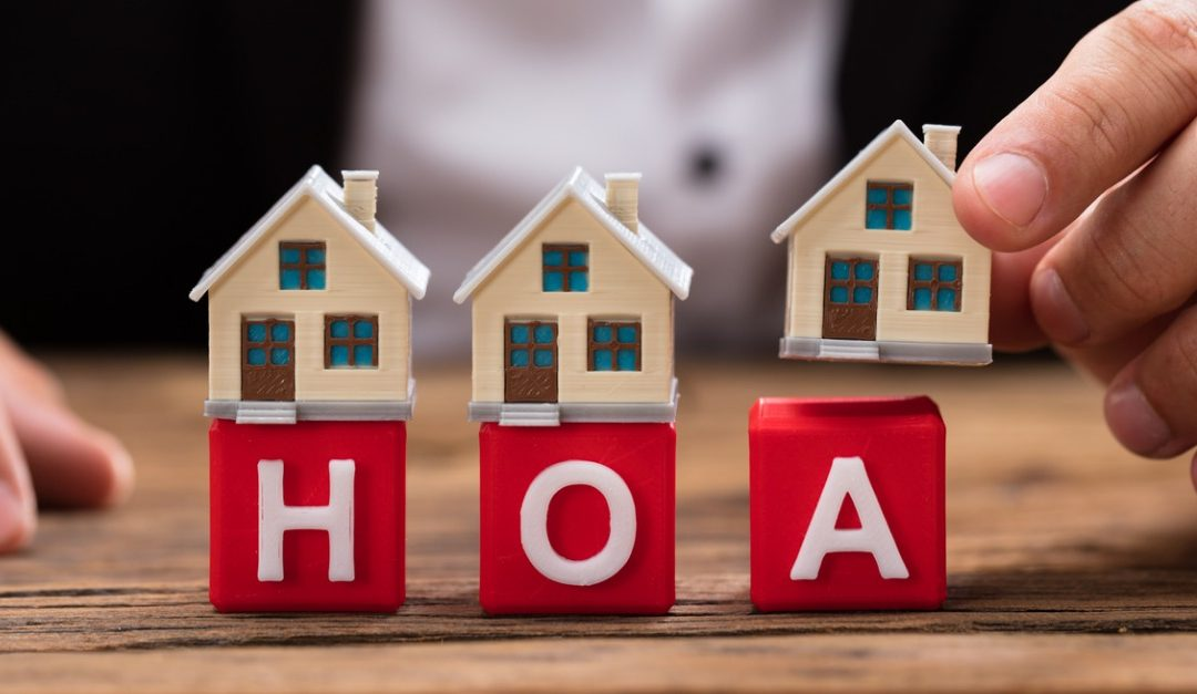 Should You Choose a House That Belongs to a Homeowners Association?