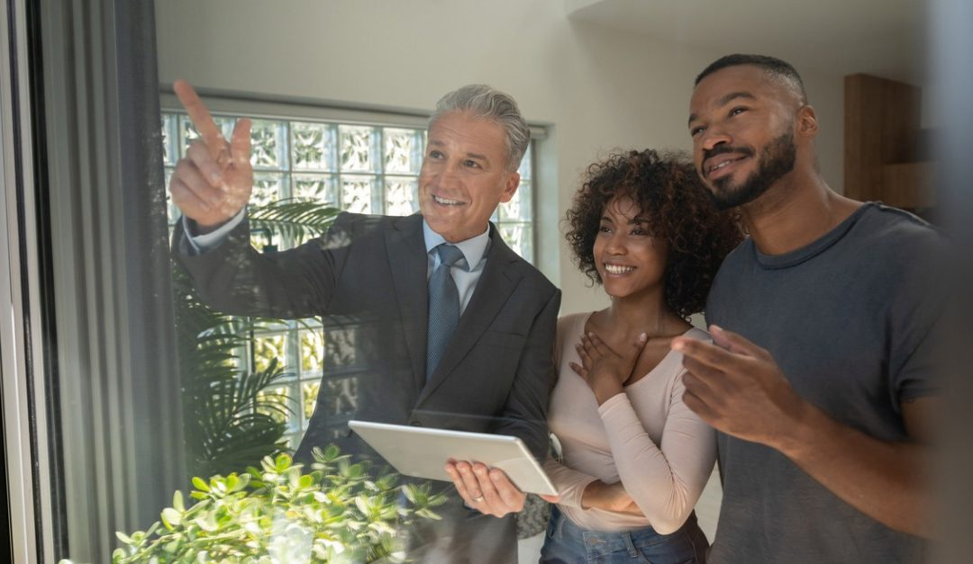 Should You Use the Same Real Estate Agent for Both Transactions?