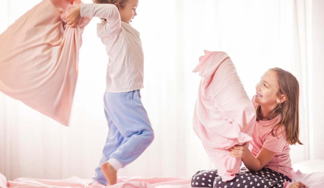 Pros and Cons of a Shared Kids Bedroom
