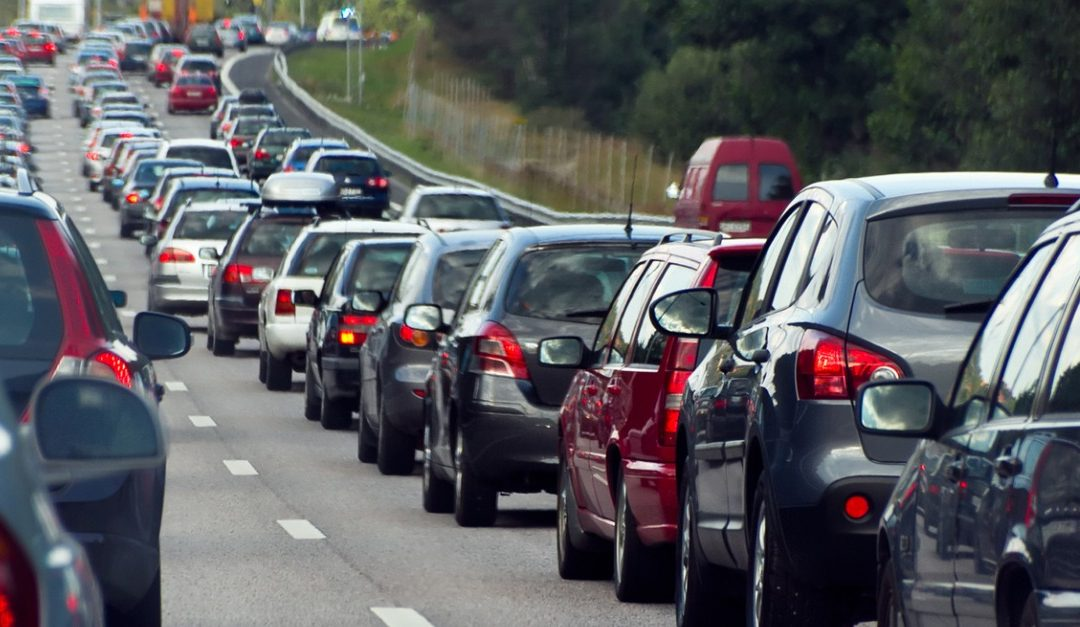 Should You Move to Shorten Your Commute or Find a New Job?