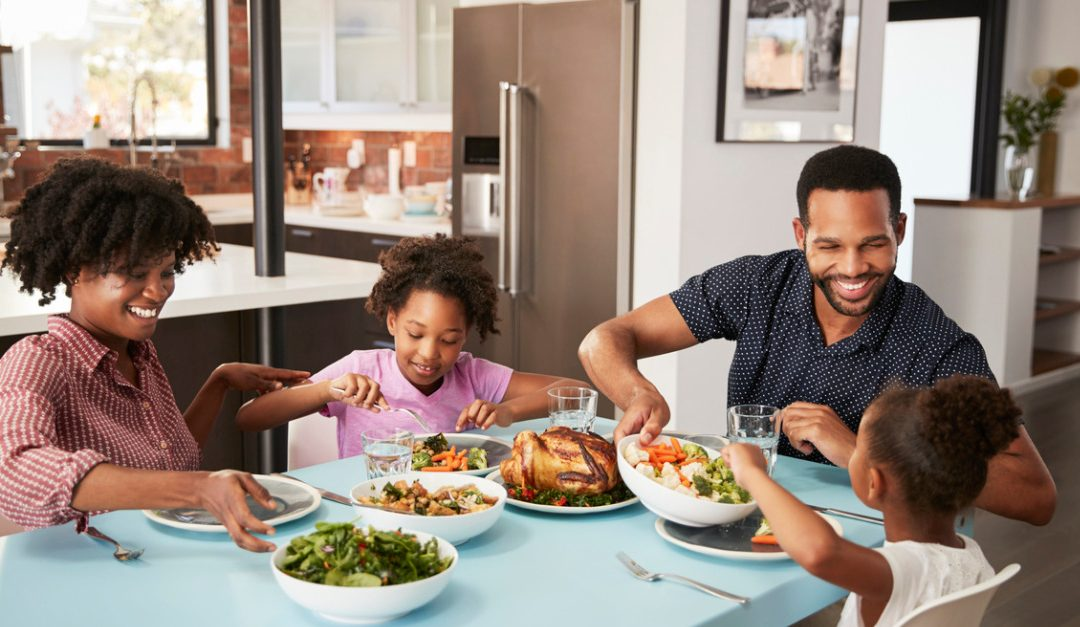 Benefits of Eating Dinner As a Family — RISMedia