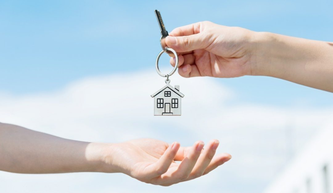 Incentives You Can Offer a Homebuyer to Close the Deal