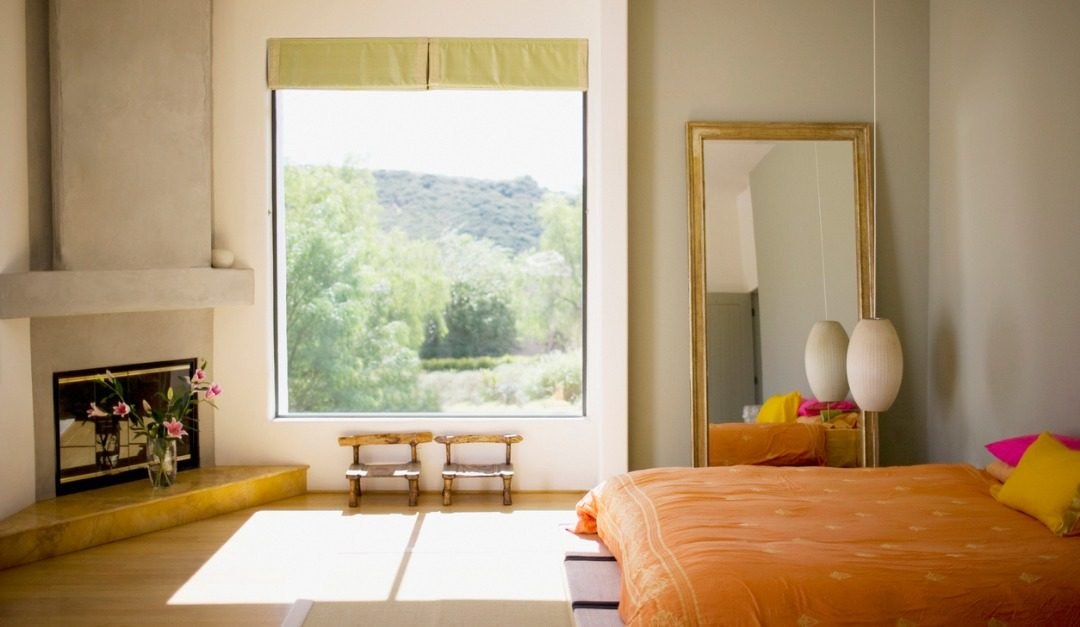 Tips for Creatively 'Enlarging' Those Tiny Rooms
