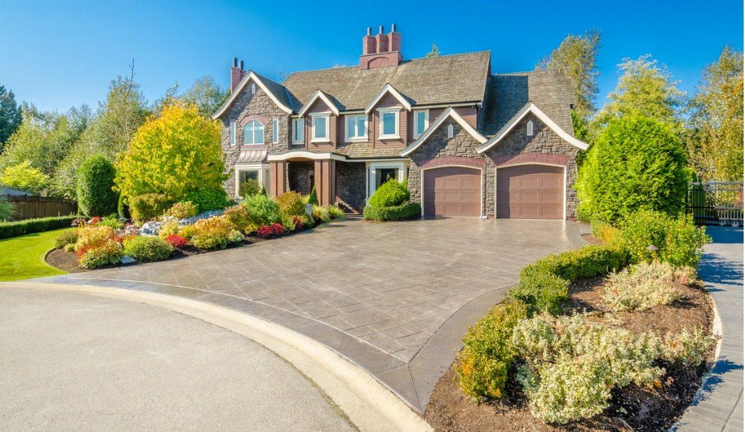 Deciding Between a High-End House or Condo