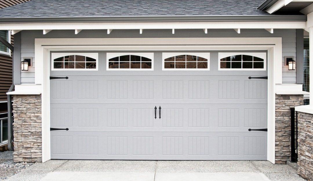 Top 5 Storage Hacks for Your Garage