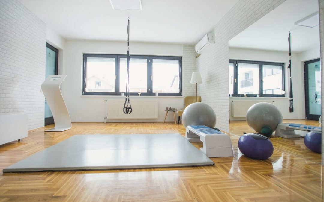 How to turn any space into a home gym mixture home