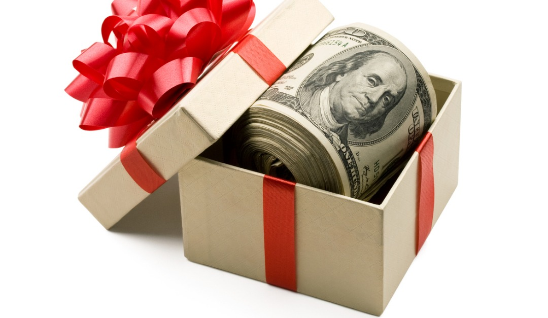 Can You Give Someone Money for a Down Payment as a Gift?