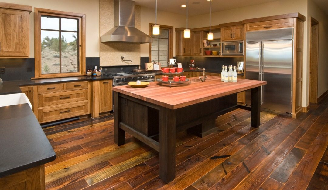 5 Reasons to Use Reclaimed Wood in Your Home