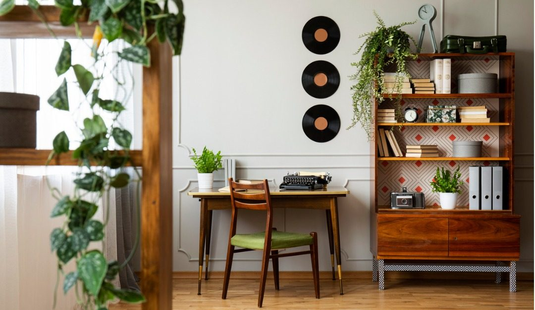How and When to Use Vintage Design Elements in Your Home