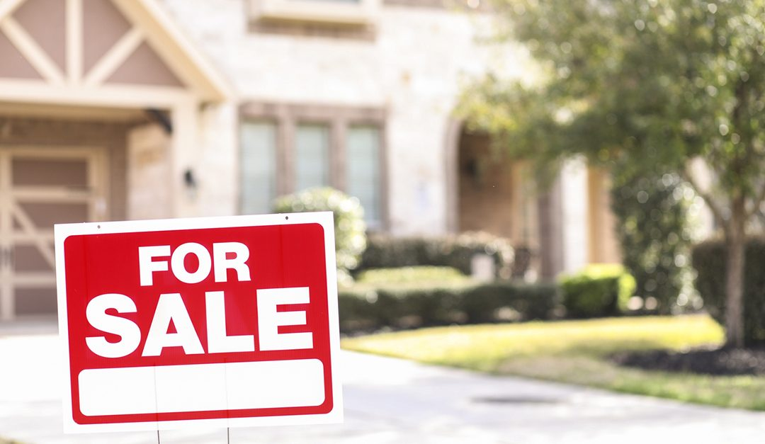 Backtrack for Pending Sales, Lift From Rates Still Unrealized