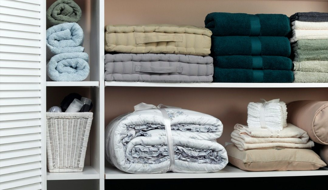 Staging Your Linen Closet Before Selling